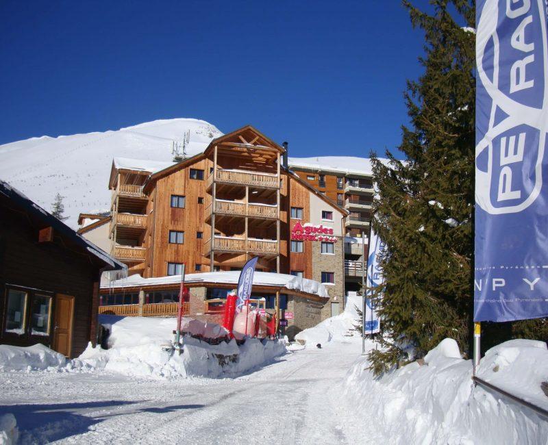 agudes-hotel-station-de-peyragudes-facade-2